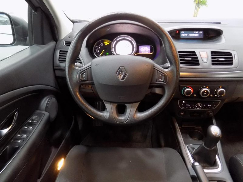 renault megane sport tourer expression 1 5 dci 85 de segunda mano. Black Bedroom Furniture Sets. Home Design Ideas