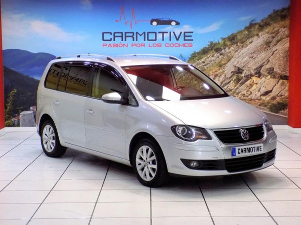 Volkswagen Touran 2.0 TDI Advance DSG 140 CV - 0