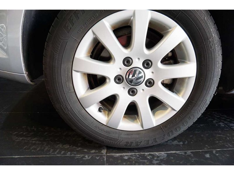 Volkswagen Touran  Advance 1.6 TDI 105CV BMT
