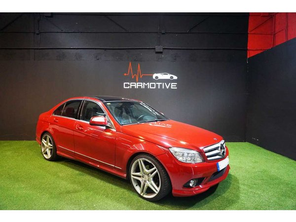 Mercedes-Benz C 300 4MATIC AVANTGARDE AMG