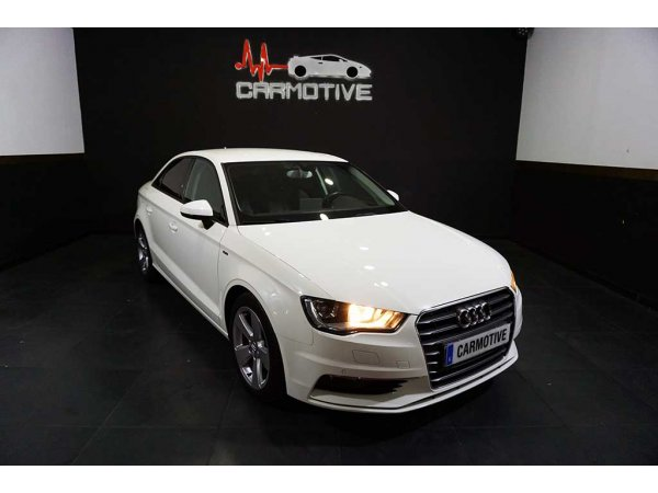 Audi A3 Sedan 1.6 TDI 105cv Attraction