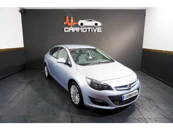Opel Astra SEDAN 1.7CDTI BUSINESS 110CV
